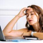آیا می دانستید فرسودگی شغلی و استرس مزمن  بر سلامت پوست و زیبایی تاثیر می گذارد؟